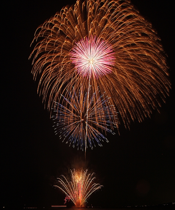 彦根市の花火 大きな尺玉