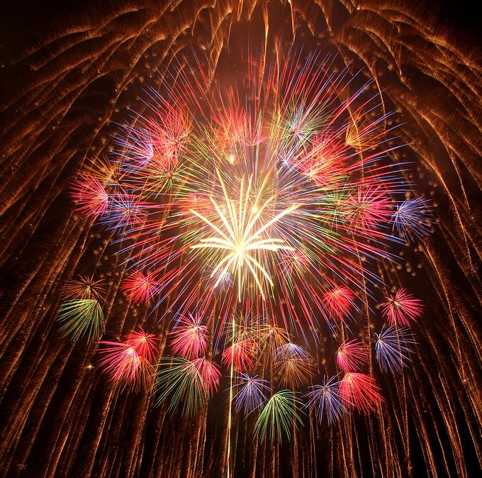 美しい尺玉 滋賀県彦根市の花火大会