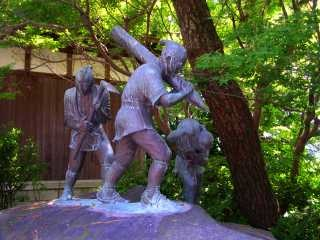 薩摩義士の像