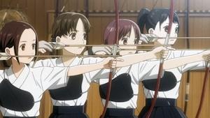弓道部時代のかなちゃん(左端)