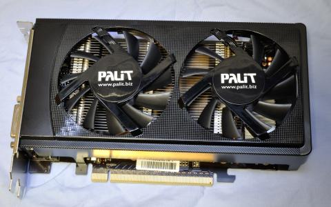 Palit GeForce GTX 650 Ti Boost OC Edition - カード表面 (2013年5月5日)