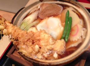 秀月鍋焼きうどん1200円
