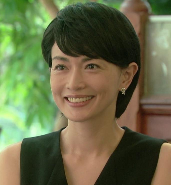 長谷川京子 年齢にボロ負けキャプ画像(エロ・アイコラ画像)
