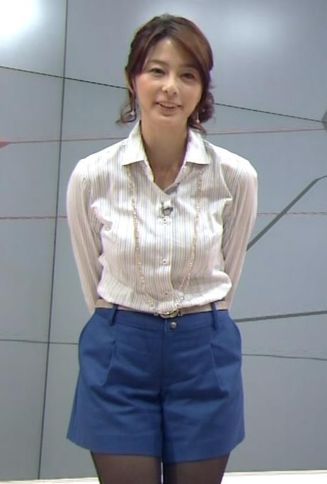 杉浦友紀 乳寄せ (20130929)画像