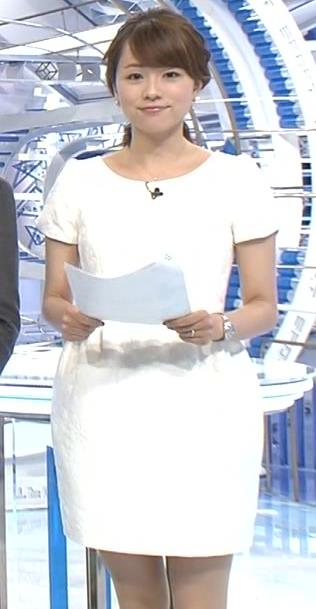本田朋子 ミニスカートキャプ・エロ画像2