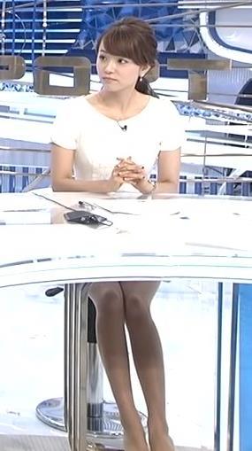 本田朋子 ミニスカートキャプ・エロ画像3