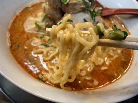 担々麺リフティング画像@まるたん